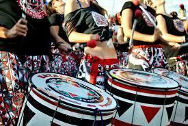 Taller de dansa i percussió afrobrasilera amb Batalá Barcelona