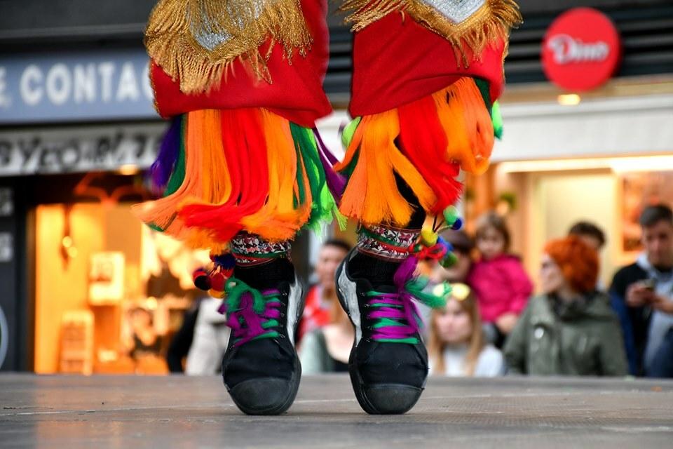 Expressions del món, un espectacle que combina dansa, música, arts marcials i poesia.