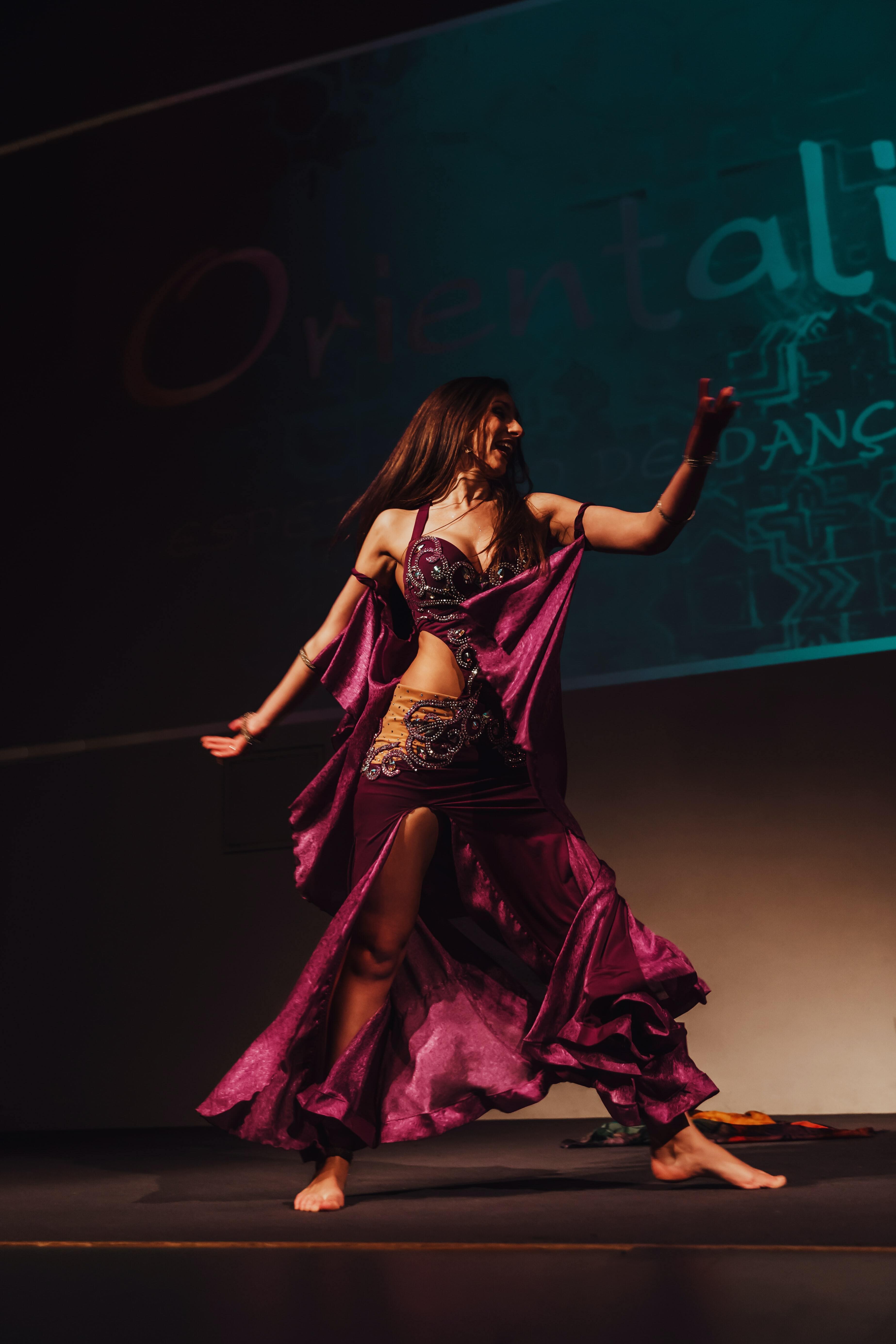 Ballem dances àrabs i dibuixem somriures