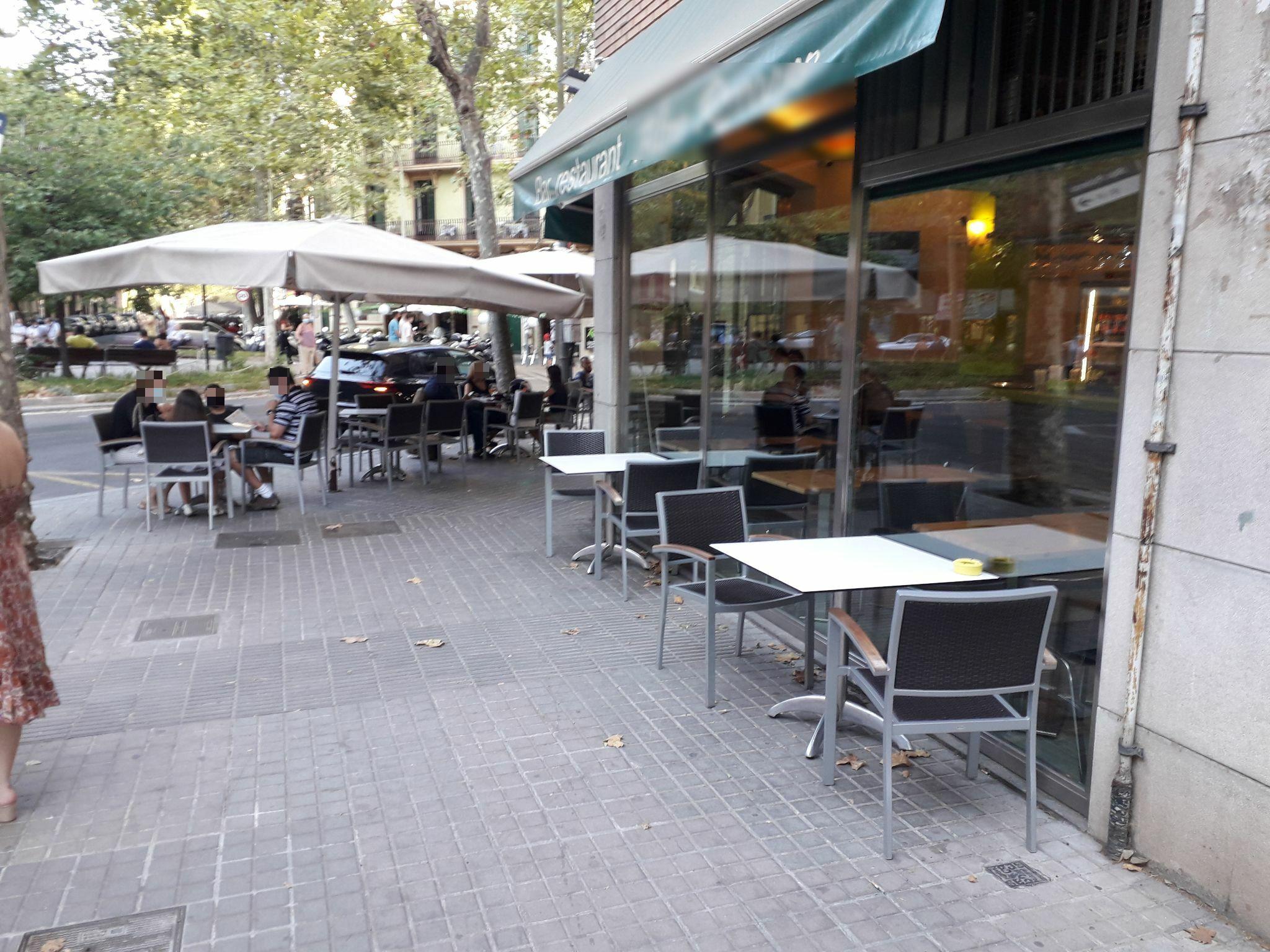 Pallars 220 II - taules a la façana !!!!!