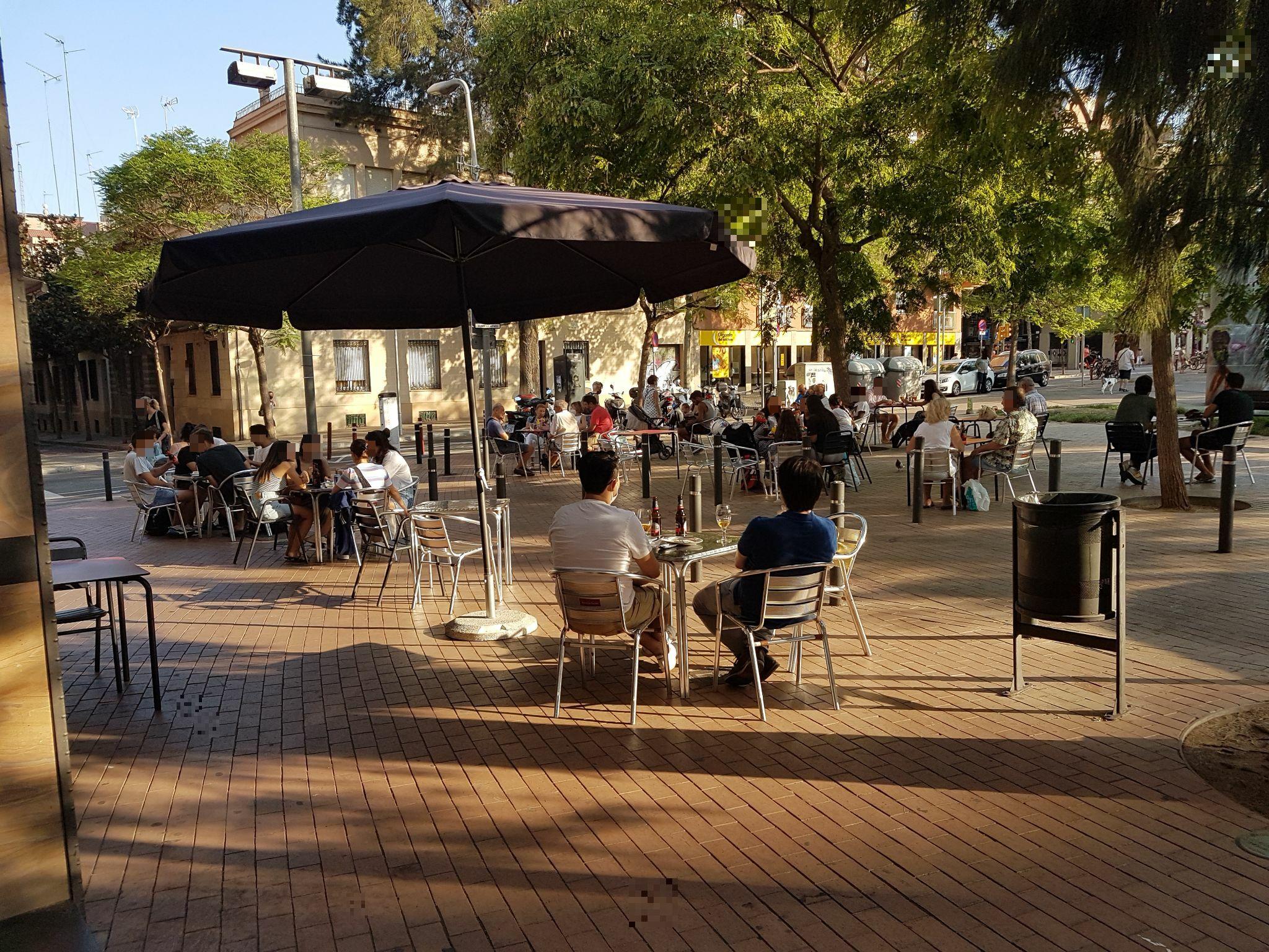 Plaça Maragall, 20 - plaça okupada