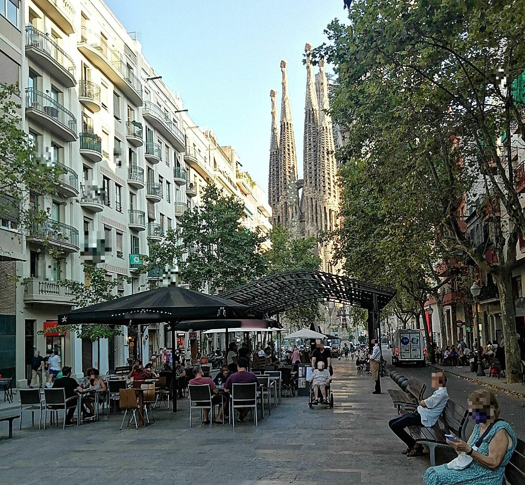 Avinguda de Gaudí, 27 - avinguda oKupada