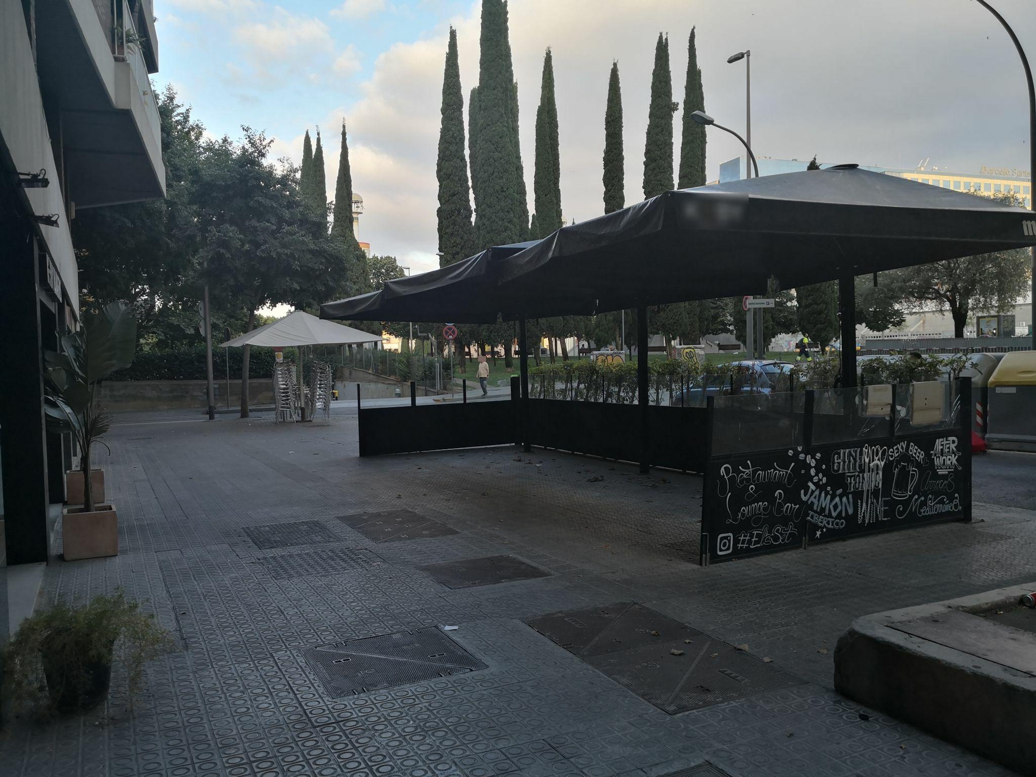 """Mallorca, 8 - us heu descuidat de recollir els """"parasols"""" !!!!"""