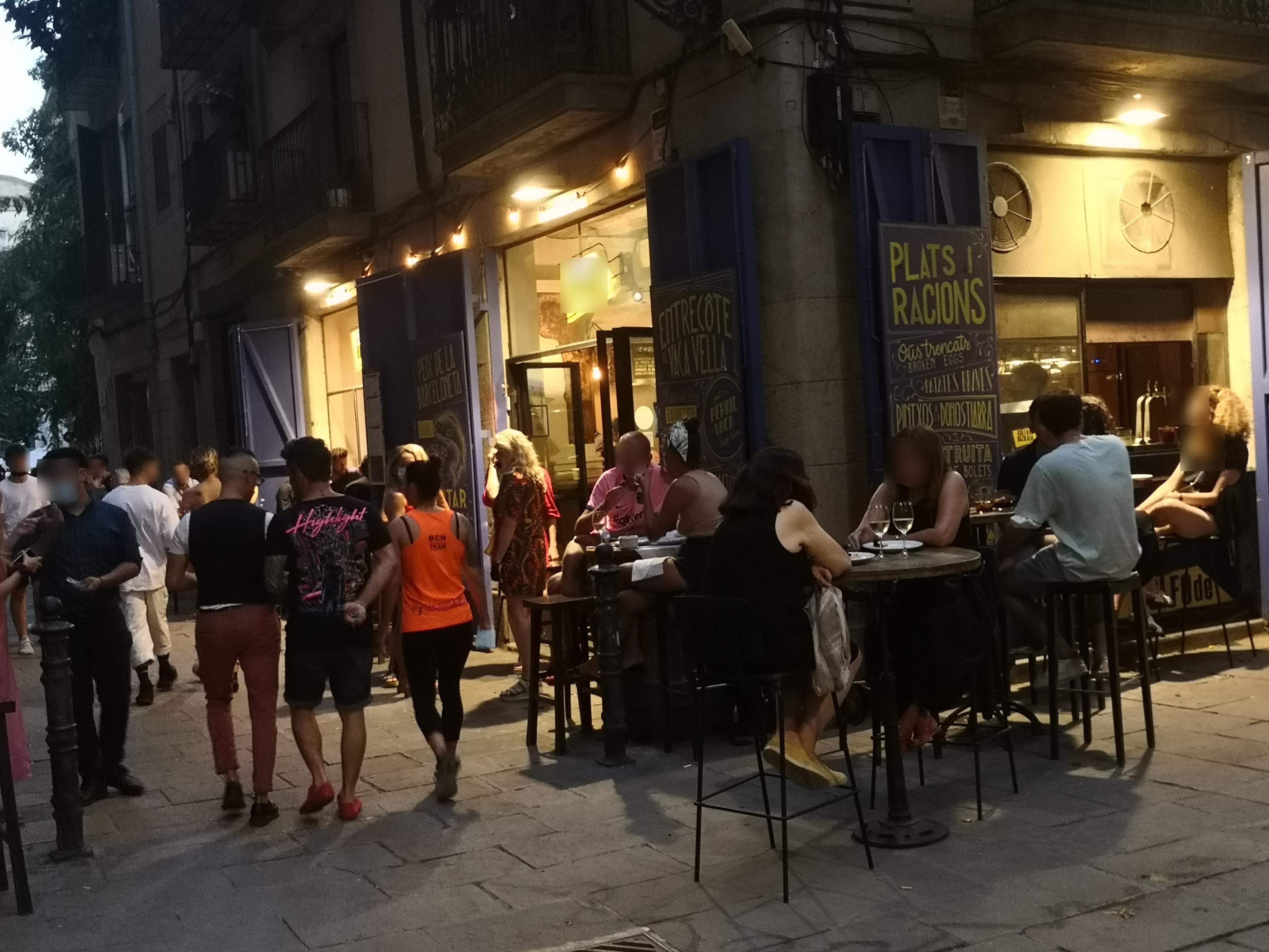 Vidrieria, 12 - okupem tot el carrer, a banda i banda!!