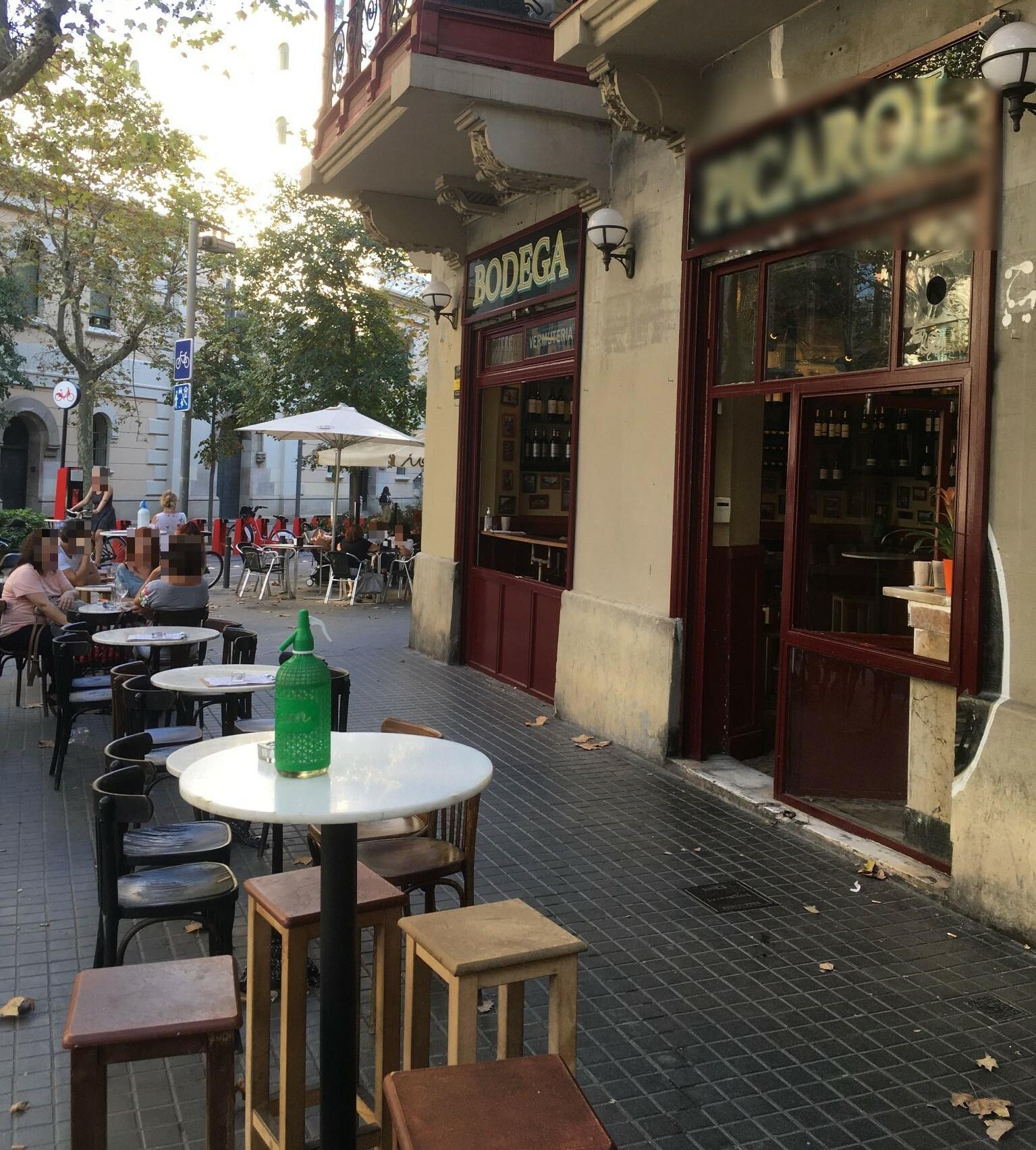 València 224 - taules i taules i de totes formes !!!